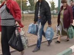 На фоне перемирия на Донбасс возвращаются беженцы (ВИДЕО)