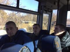 """""""Мы не успокоимся, пока не освободим всех"""" - вчера из плена боевиков освобождены 9 украинских  бойцов"""