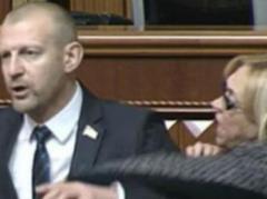 """""""Батькивщина"""" отказывается принимать участие в заседаниях парламента и требует арестовать Тетерука"""