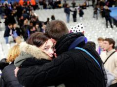 Сегодня Франция пережила вторую Варфоломеевскую ночь - сотни погибших и пострадавших, в стране введено чрезвычайное положение (ВИДЕО)