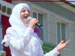 Дочери Кадырова снялись в музыкальном клипе (ВИДЕО)