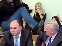 СМИ показали дом генерала,  которого ударил Парасюк (ВИДЕО)