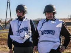 """Боевики не пустили миссию ОБСЕ в Изварино, потому что """"не андестенд"""" по-английски"""