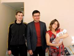 В Мариуполе появилось 8 новогодних малышей