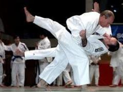 Путин провел тренировку вместе с олимпийской сборной России по дзюдо