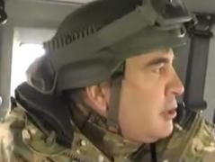Саакашвили проведал одесситов на блокпосту в районе Мариуполя. Условия пребывания там его шокировали (ВИДЕО)
