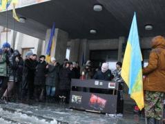 Сегодня в Славянске давал жару пианист в балаклаве