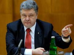 Порошенко: Россия начала гибридную войну в Германии и готова к открытой войне с Украиной
