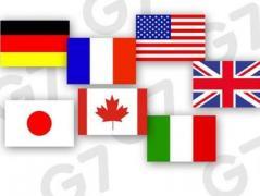 Порошенко встретится с послами G7 для объяснения ситуации из-за скандала вокруг Кабмина
