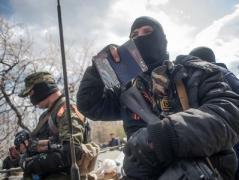 """На оккупированном Донбассе """"военные комендатуры"""" не успевают пресекать грабежи и ловить дезертиров"""