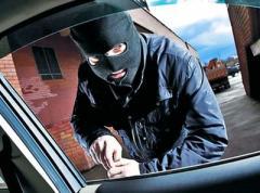 Кто угоняет машины в зоне АТО