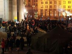 Радикалы, оккупировавшие отель в Киеве, выдвинули свои требования (ВИДЕО)