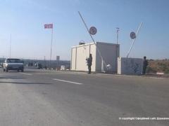 В Новотроицком за попытку дачи взятки пограничнику задержали мужчину