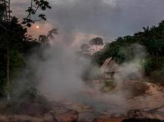 В джунглях Амазонки протекает самая необычная река в мире (ФОТО)