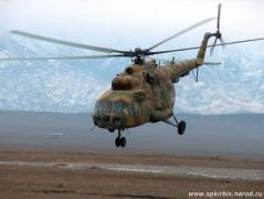 На админгранице с Крымом зафиксированы полеты 4 российских вертолетов Ми-8