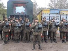 Курсанты Нацакадемии Национальной гвардии Украины поздравили женщин с 8 Марта (ВИДЕО)