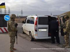 Сегодня утром на блокпостах Донбасса проезда ожидали около 500 автомобилей
