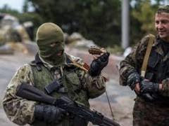 """Захарченко призвал  свою """"армию""""  """"не поддаваться на провокации украинских силовиков"""""""