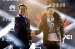 Лионель Месси променял Samsung на Huawei