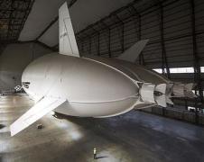 В Британии представили крупнейший в мире летательный аппарат (ВИДЕО)