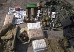 Дві схованки з арсеналами боєприпасів знайдено в районі АТО