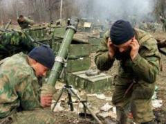 В  Марьинке ранен мирный житель, под Авдеевкой - четверо военных, под Новгородским двое подорвались на фугасе