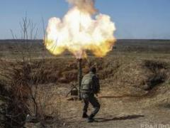 Террористы обстреляли Станицу Луганскую и Трехизбенку