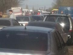 Штурм пунктов пропуска: свыше 26 тысяч человек прорвалось сквозь линию разграничения
