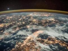 Рассвет над Землей видео с МКС (ВИДЕО)