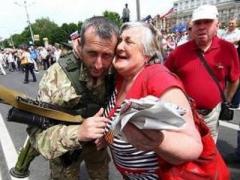 """Свежо предание: Захарченко пообещал  увеличить пенсии в """"ДНР"""""""