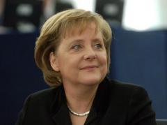Это потому. что в 45 немцев победили - сети шутят по поводу своего канцлера (ФОТО)