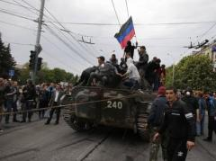 Празднование 9 мая для некоторых ДНРовцев окончилось ограблением и огнестрельными ранами