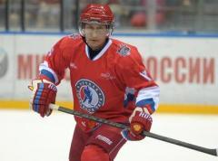 Путин стареет:  забил всего одну шайбу в матче Ночной хоккейной лиги  (ВИДЕО)