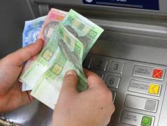С 1 июня пенсионерам-переселенцам начнут выдавать платежные карты, - Розенко