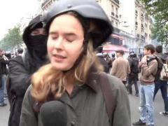 В Париже журналистке Russia Today дали пощечину во время прямого эфира (ВИДЕО)