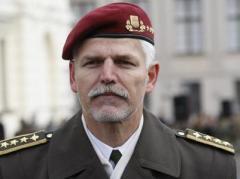 """Генерал НАТО считает войну на Донбассе """"уже замороженным конфликтом"""""""