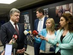 Порошенко пообещал к концу месяца вернуть Савченко в Украину