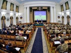 Порошенко поручил подготовить план всеобщей мобилизации на случай полномасштабной войны