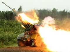 За минувшие сутки зафиксировано 46 обстрелов в зоне АТО, горячее всего было в Марьинке (ВИДЕО)