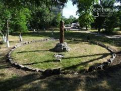 """На базе полка """"Азов"""" в Мариуполе появился идол"""