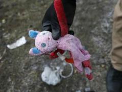 Наблюдатели ОБСЕ увидели, как в Коминтерново дети играют снарядами
