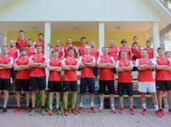 В составе донецкого хоккейного клуба к сезону готовятся 27 игроков, в основном - украинцы (ФОТО)