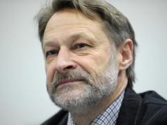 Кремль ведет медленное и кровавое принуждение Украины к миру, путем отказа от своих позиций - политолог