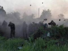 """Нас бомбят, а мы молчим"", - волонтер о ситуации в АТО"