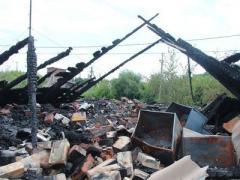Из-за обстрела боевиков в Донецке сгорел жилой дом
