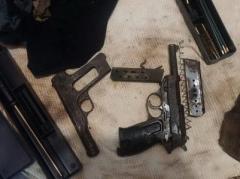 В Донецкой области у директора фирмы, помогавшего боевикам, нашли целый арсенал (ФОТО, ВИДЕО)