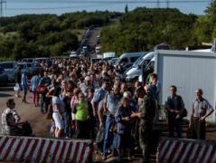 Блокпосты Донбасса: пассажиро-транспортный поток плотнее всего в Марьинке и Зайцево