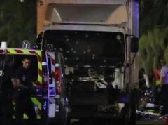 В сети появилось видео теракта в Ницце (ВИДЕО)