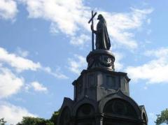 В  Киеве завтра будет введен особый режим из-за молебна по случаю годовщины Крещения Руси - Аваков