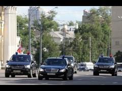 В кортеже Захарченко замечены разные авто с одинаковыми номерами, -  СМИ